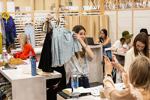 APPAREL NEWS | MAGIC Las Vegas Trade Show